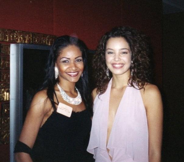 Lauranza et Azra Akin Miss World 2002
